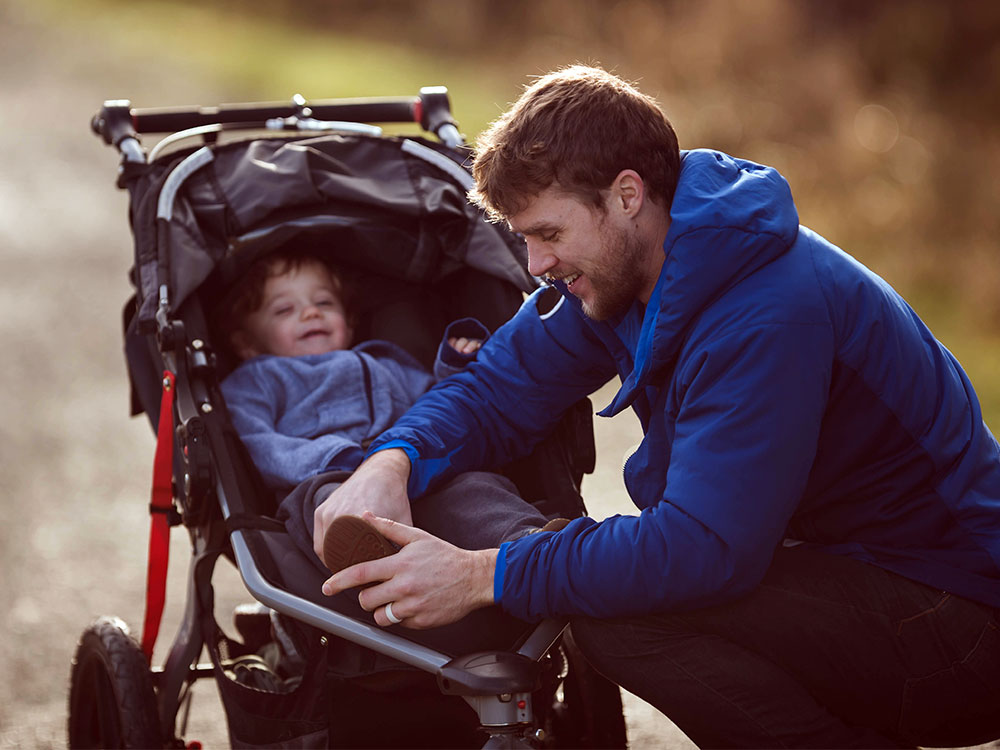 Prams and strollers: safety guide | Raising Children Network