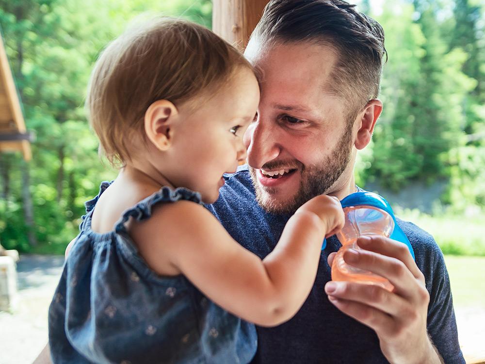 Toddler development at 18-24 months | Raising Children Network