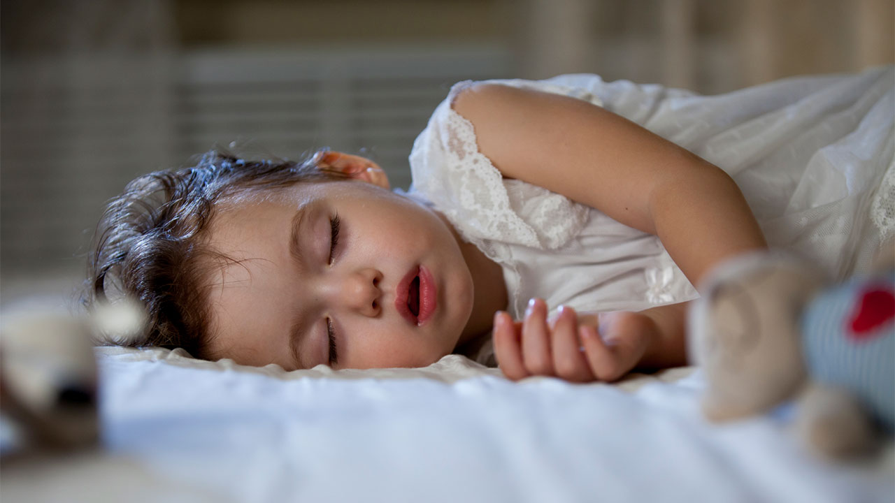 Night weaning & phasing out night feeds | Raising Children ...
