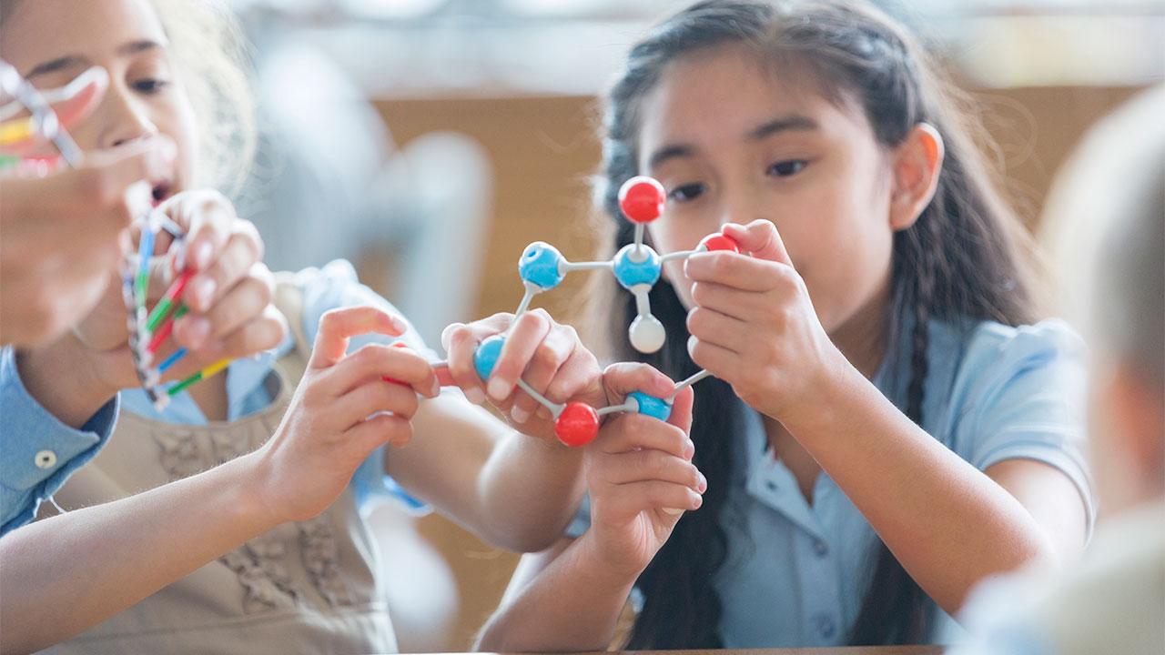 Children with autism: paying attention | Raising Children