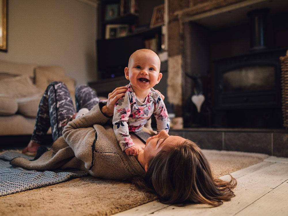 Baby development at 4-5 months | Raising Children Network
