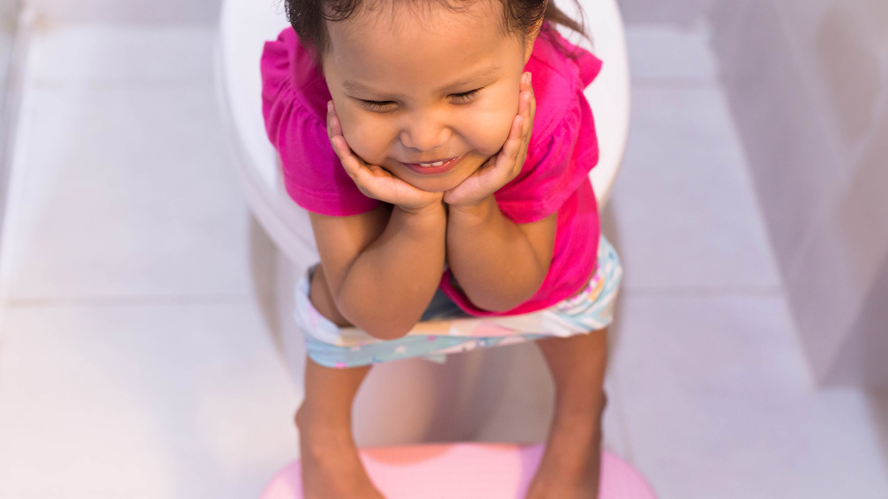 little girl potty accident Poop goes in the potty song, potty training a 3 year old ...